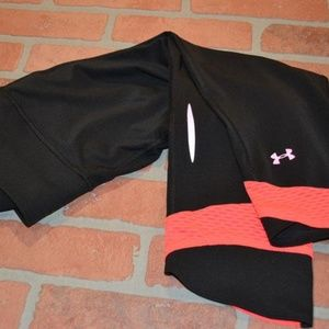 6988 Womens Under Armour Gym Pants Size Medium